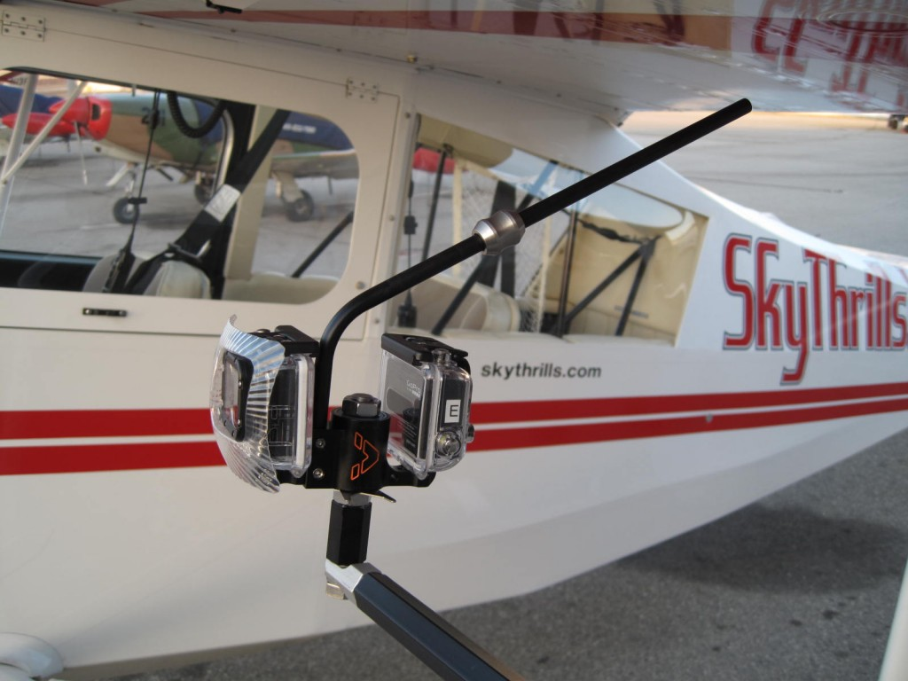 VectorMount GO 2X mounted with a Pro Clamp on an airplane